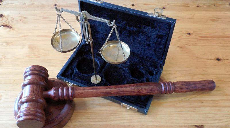 NUOVA VITTORIA DEI LEGALI ACLIS
